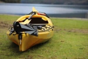 How to Transport a Kayak Without a Roof Rack Thumbnail
